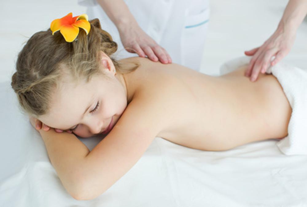 Kindermassage in meinem Entspannungsstübla - Kommen Sie zu mir für Wellnessmassagen, Entspannung und Energiearbeit