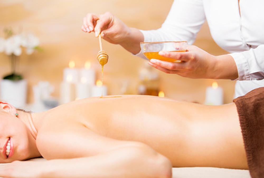 Tibetische Honigmassage in meinem Entspannungsstübla - Kommen Sie zu mir für Wellnessmassagen, Entspannung und Energiearbeit